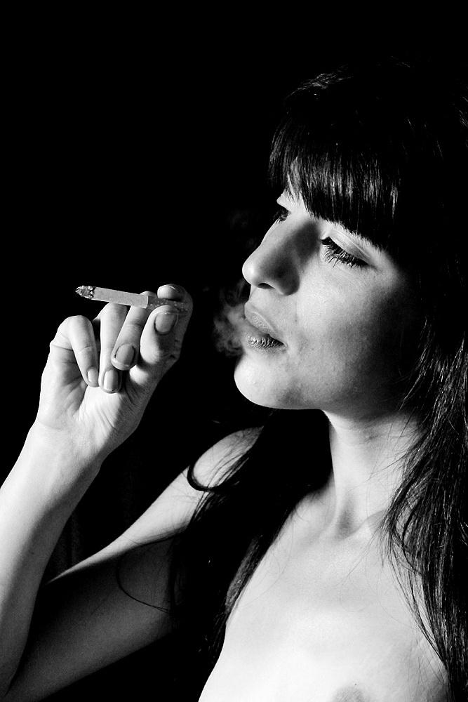 Amilcar Moretti. Fumar. Enero-28 setiembre 2013. Argentina.