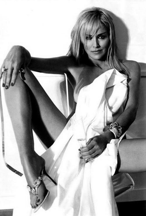 Sharon Stone apenas acabe otra vez