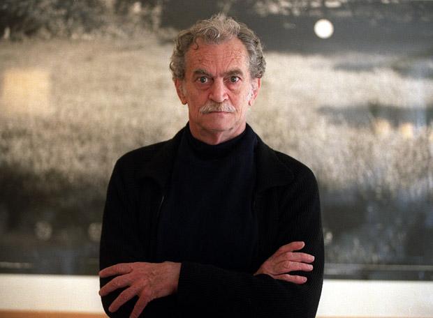 Rodolfo Fogwill, escritor argentino, considerado uno de los más relevantes desde los años 90 hasta hoy (1941-2010)