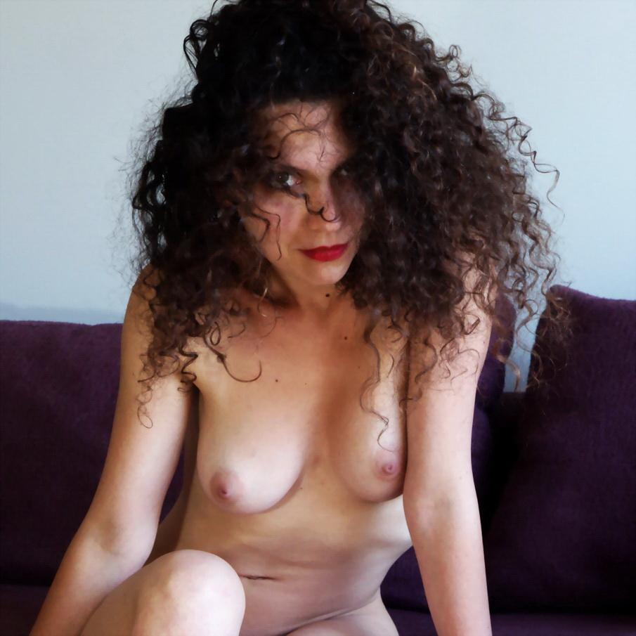 Milena, modelo alsaciana, de Francia. Por Amílcar Moretti. Domingo 22 de diciembre 2013, en Viamonte y Callao, Suite Apart. Buenos Aires.