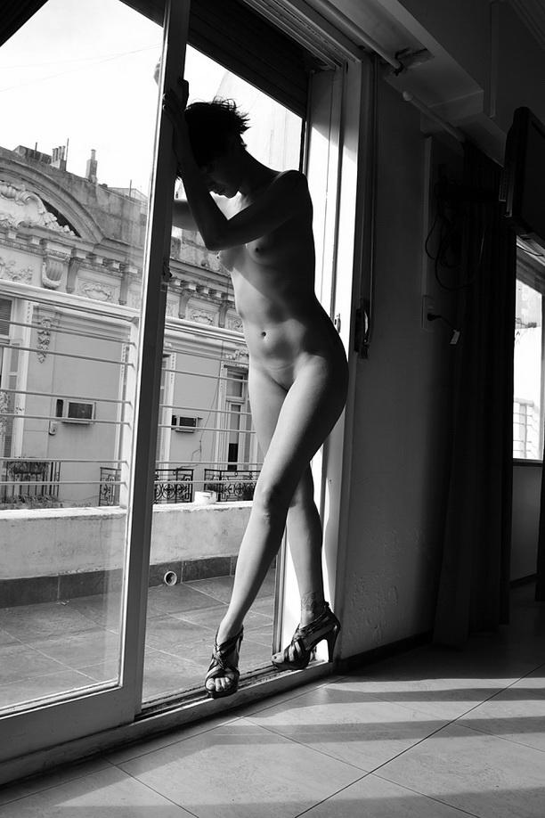 AMILCAR MORETTI, sesión en Buenos Aires. Suite del Loft & Arte Apart Hotel Boutique, calle H. Yrigoyen casi Salta. Argentina. Martes 10 de setiembre 2013.