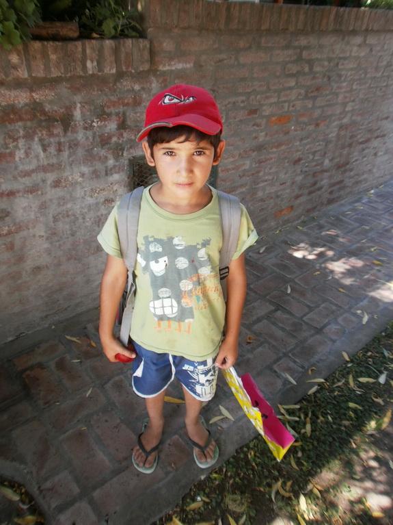 Mauricio, 8 años. Día de los Inocentes: 28 de diciembre 2013. La Plata. Argentina.