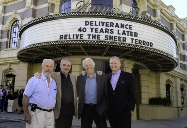 """Cuando los 40 años de """"Deliverance"""" o """"La violencia está en nosotros"""", 1972, que casi nadie quiso ver en Argentina. De izq. a der.: Ned Beatty, el violado como chancha; Burt Reynolds, el deportista atleta; Ronny Cox, el guitarrista intelectual, y John Voight, en la película de JOHN BOORMAN."""