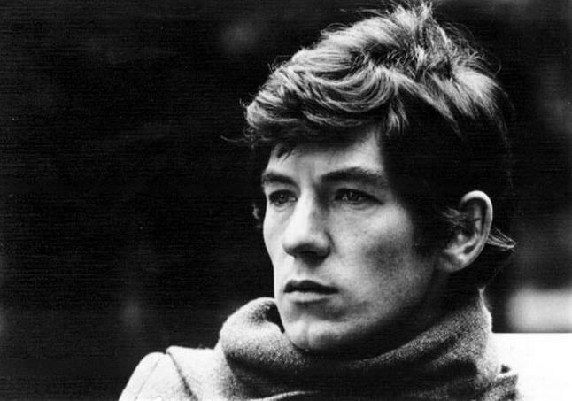 Ian McKellen, joven, claro (fotógrafo no identificado)