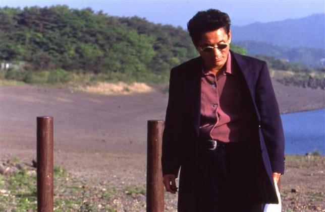 """Takeshi Kitano, """"Flores de fuego"""", no es una comedia."""