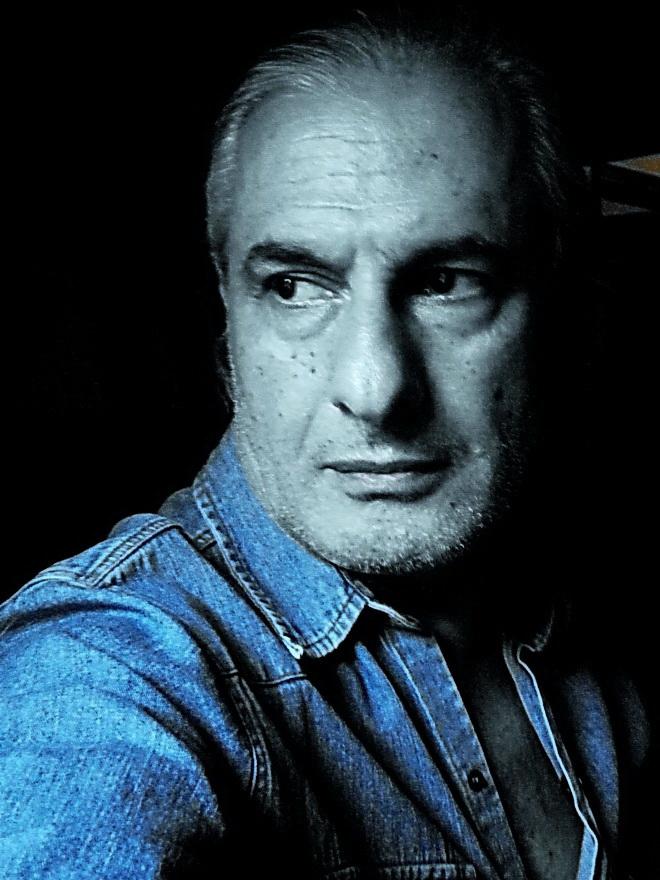Amílcar Moretti. Autorretrato, 2013.