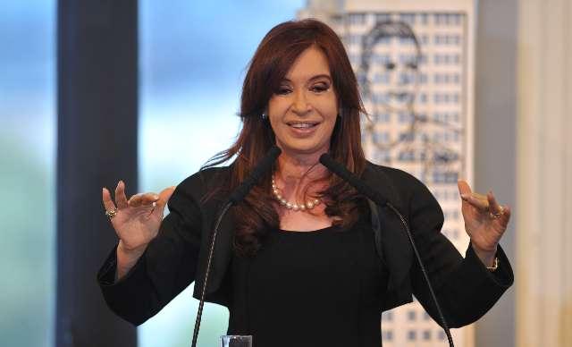 Crista. Luche y vuelve 4 CFK - YPF3