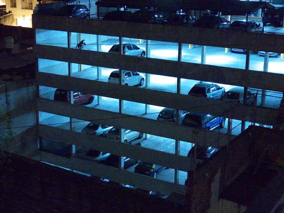 AMILCAR MORETTI. San Telmo, Babel Suites, Néxico 840. Buenos aires. Argentina.