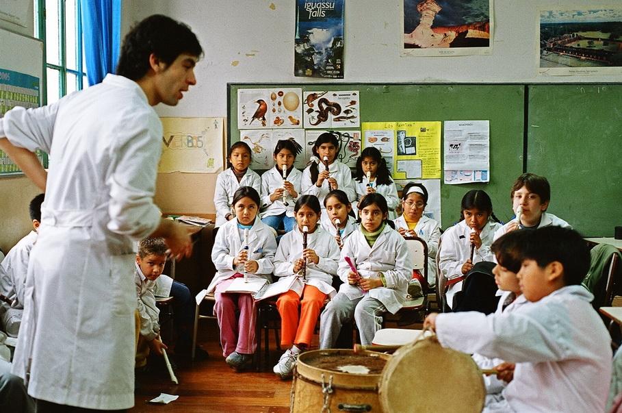 Maestro de escuela argentino. Foto de CTA (Central de Trabajadores Argentinos)