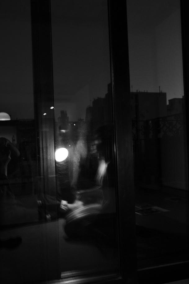 Foto por AMILCAR MORETTI. En suite del tradicional barrio de San Telmo, Buenos Aires. Viernes 5 de mayo del 2017, ed. (imagen inédita hasta hoy)